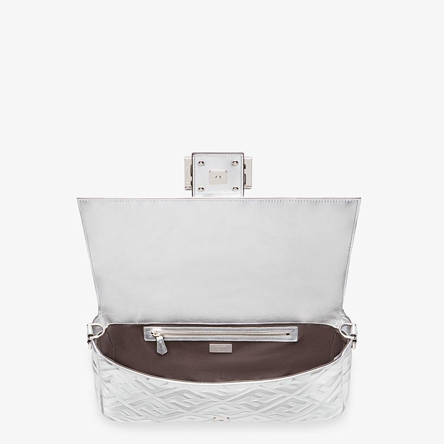 FENDI BAGUETTE LARGE - Silver leather bag - view 5 detail