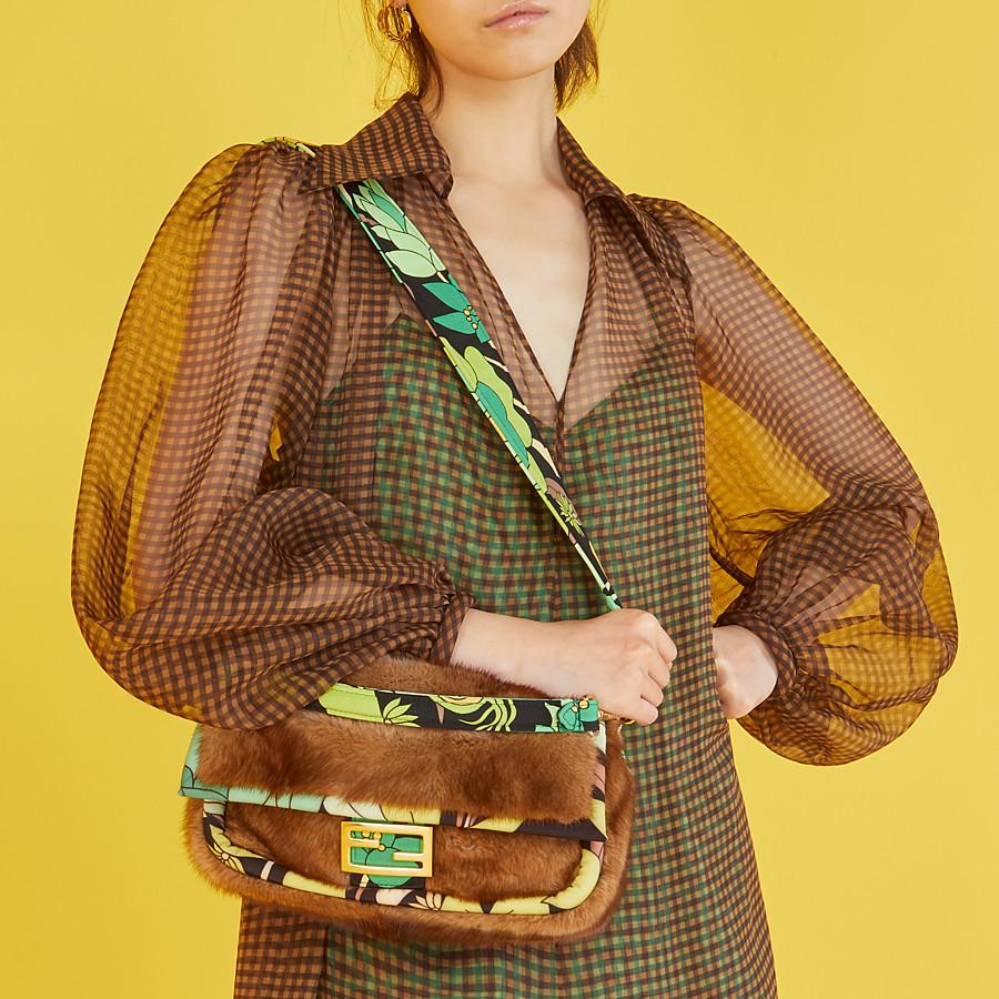 FENDI BAGUETTE - Brown mink bag - view 2 detail