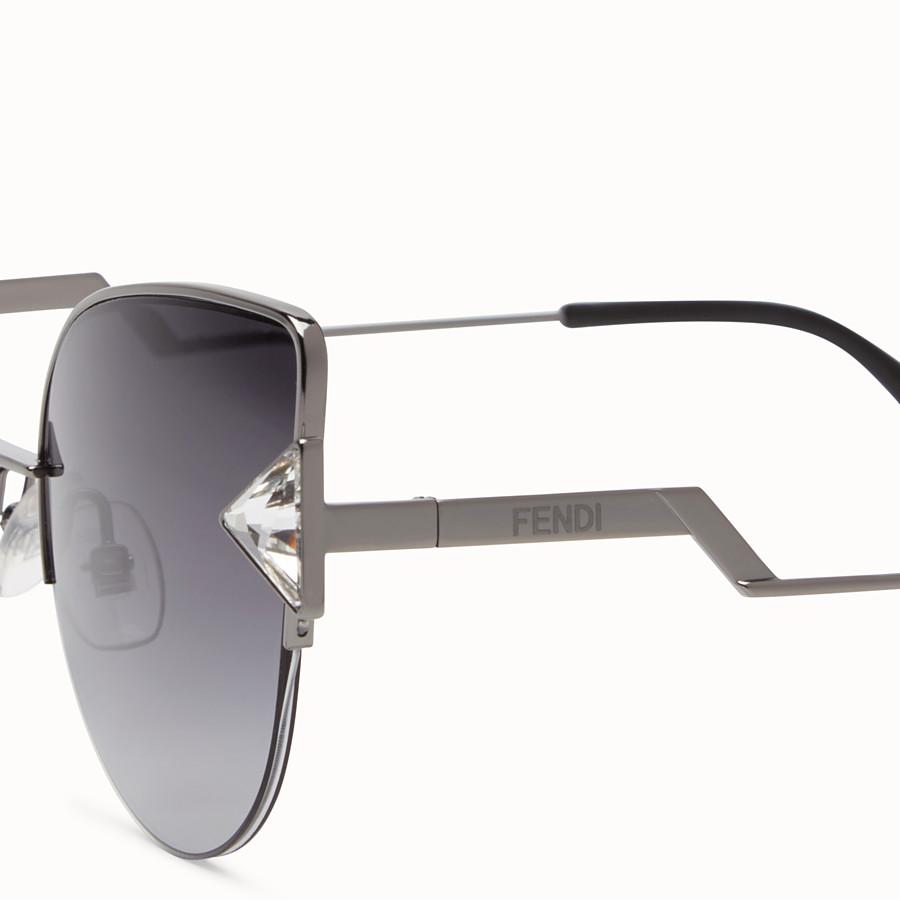 FENDI RAINBOW - 黑色太陽眼鏡。 - view 3 detail