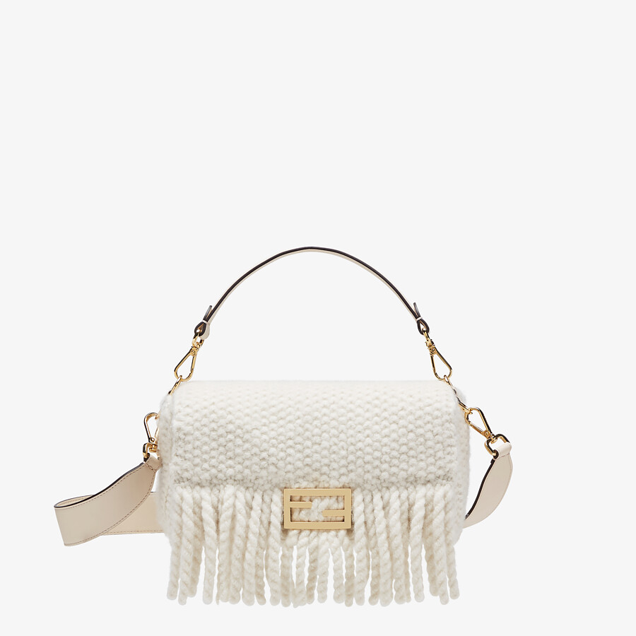 FENDI BAGUETTE - White wool bag with fringes - view 1 detail