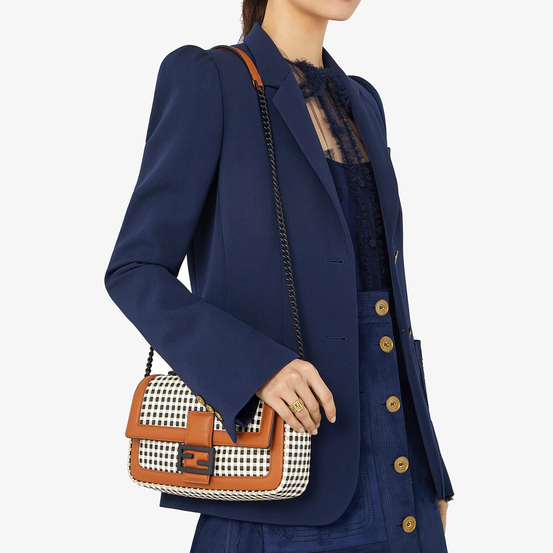 FENDI BAGUETTE CHAIN - Vichy interlace bag - view 2 detail