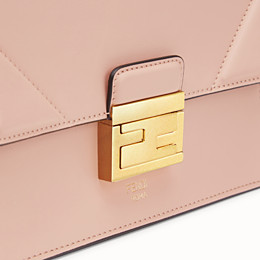 FENDI KAN U SMALL - Mini-Tasche aus Leder in Rosa - view 6 thumbnail