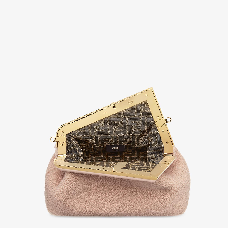 FENDI FENDI FIRST MEDIUM - Pink sheepskin bag - view 5 detail