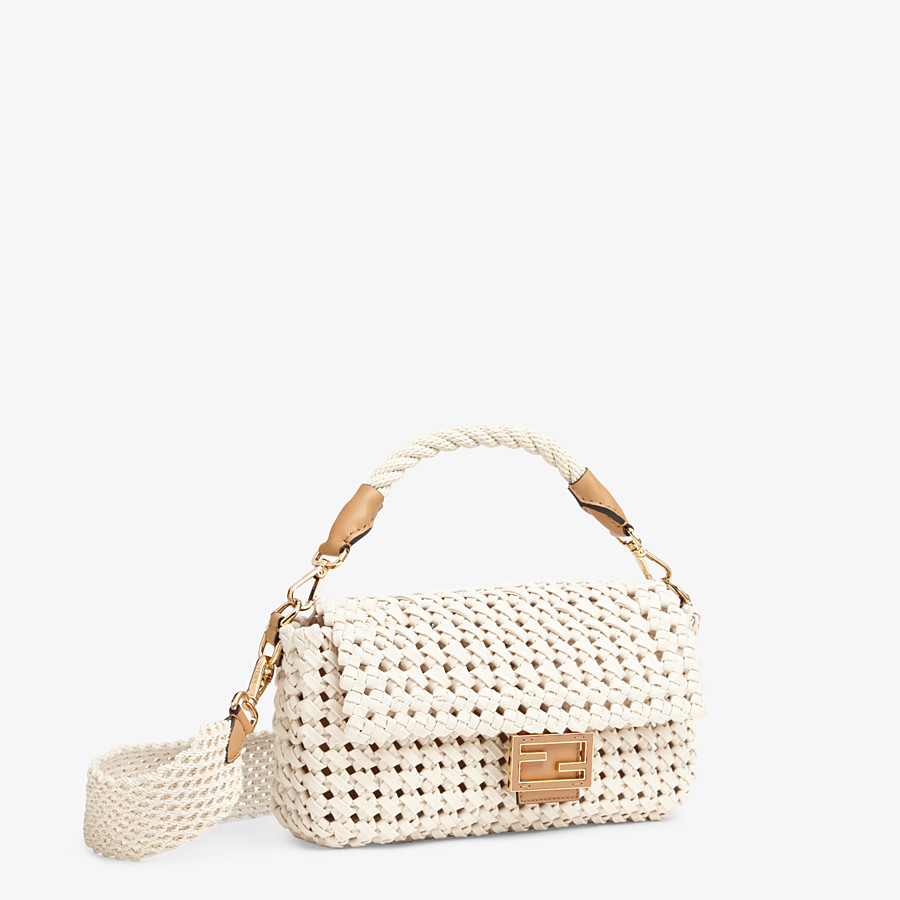 FENDI BAGUETTE - Tasche aus geflochtenem Canvas in Beige - view 3 detail