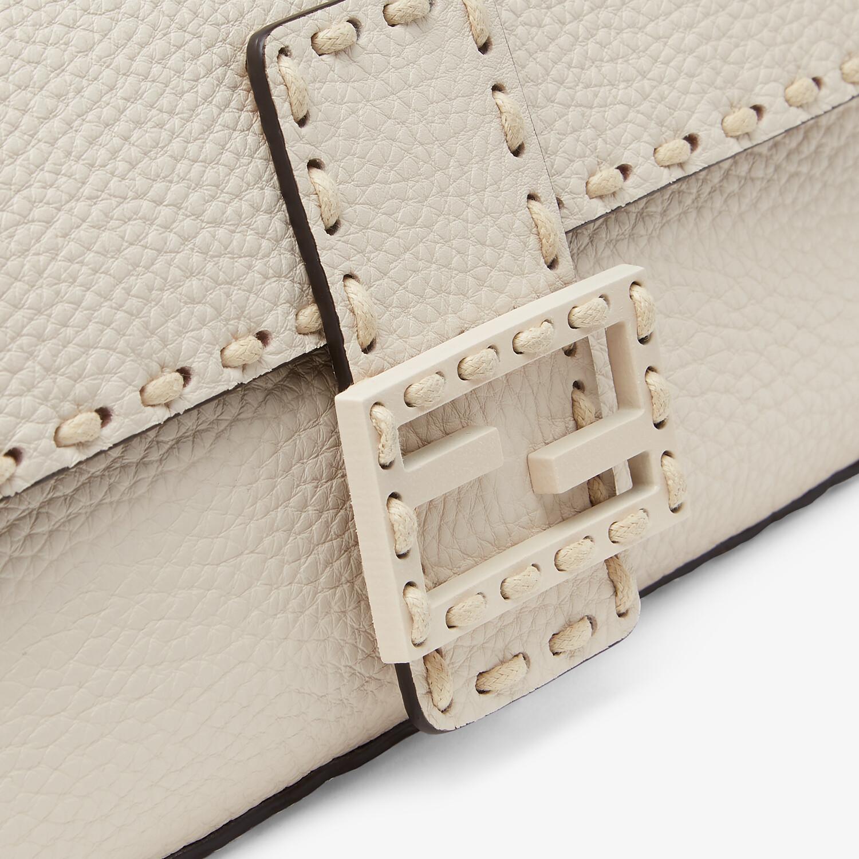 FENDI BAGUETTE - White full grain leather bag - view 6 detail