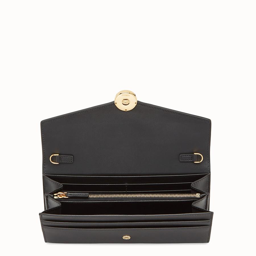 FENDI PORTEFEUILLE CONTINENTAL À CHAÎNE - Portefeuille en cuir noir - view 4 detail