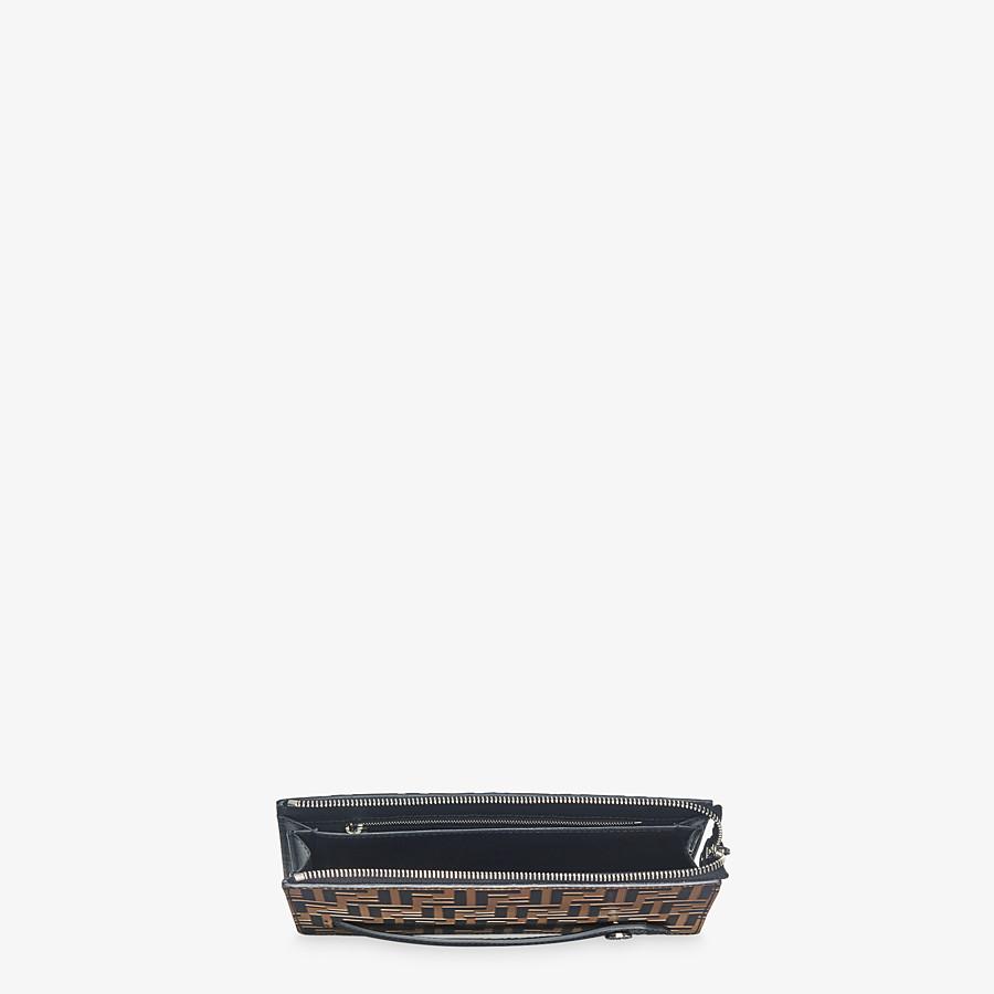 FENDI CLUTCH - Pochette aus Leder in Braun - view 4 detail