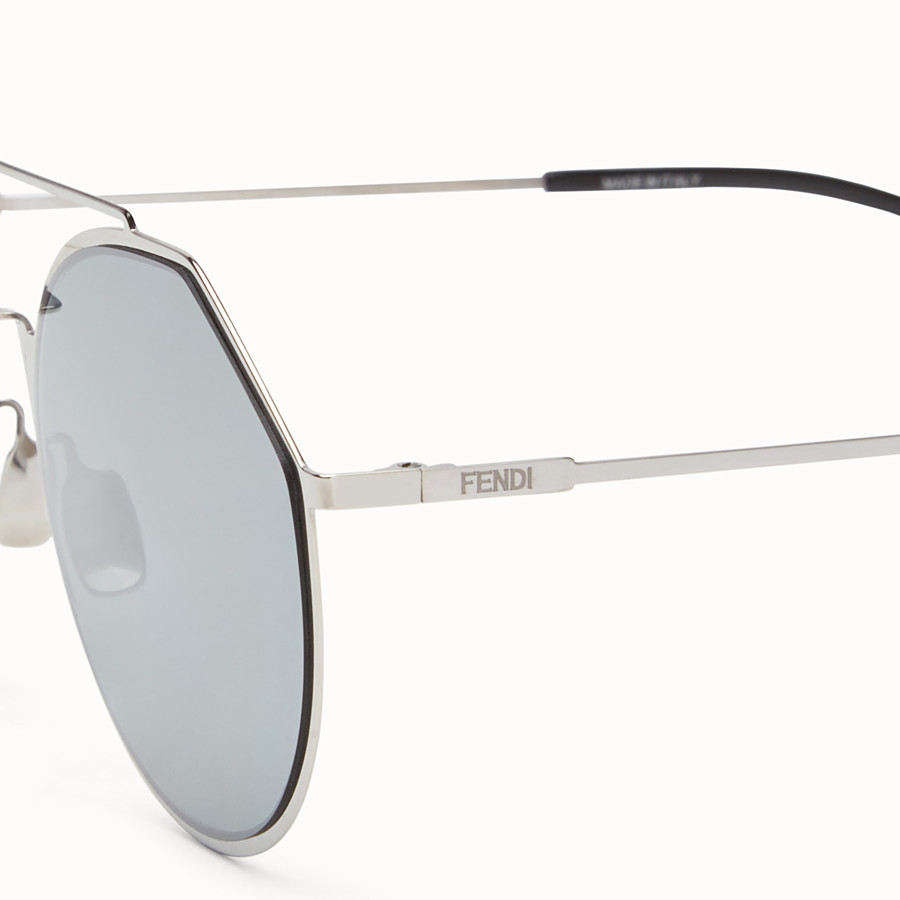 FENDI EYELINE - Ruthenium sunglasses - view 3 detail