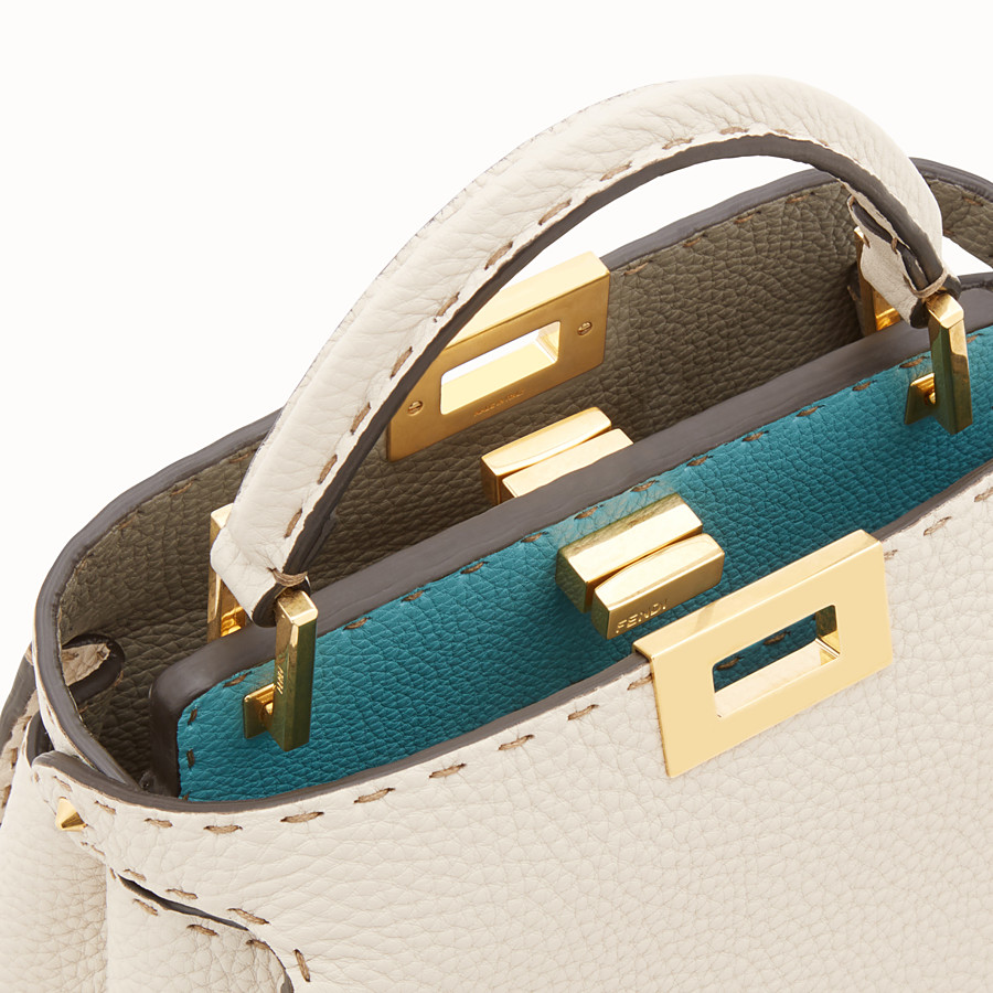 FENDI PEEKABOO ICONIC ESSENTIALLY - Fendi Roma Amor Tasche aus Leder - view 6 detail