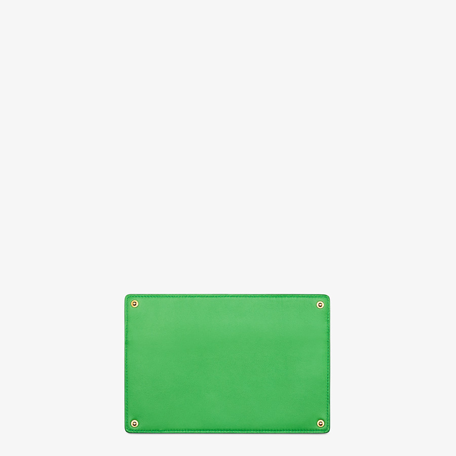 FENDI PEEKABOO ISEEU POCKET - Accessory pocket in green leather - view 2 detail