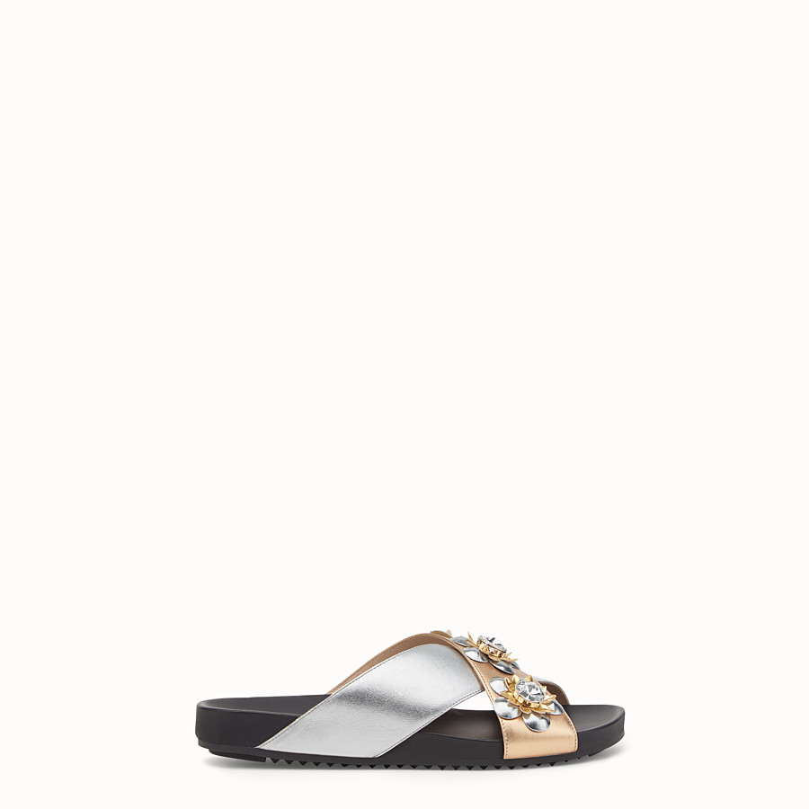 FENDI FLAT SANDALS - in champagne and silver laminated leather with flowers - view 1 detail