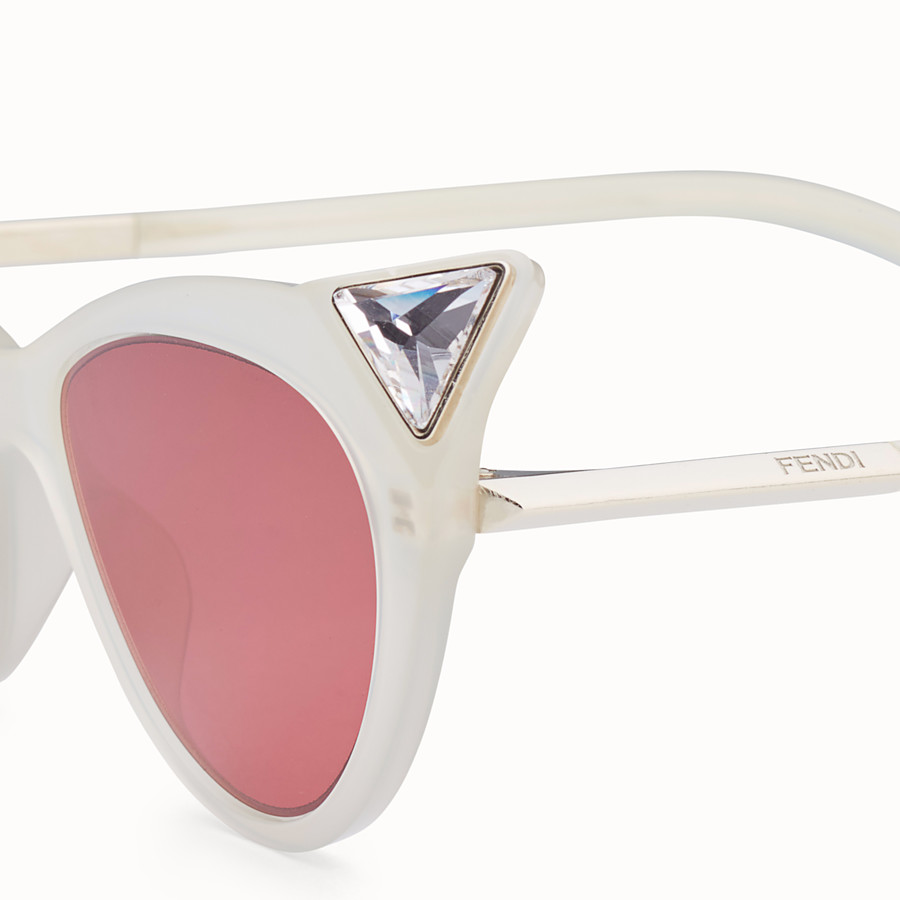 FENDI IRIDIA - Yellow opal sunglasses - view 3 detail