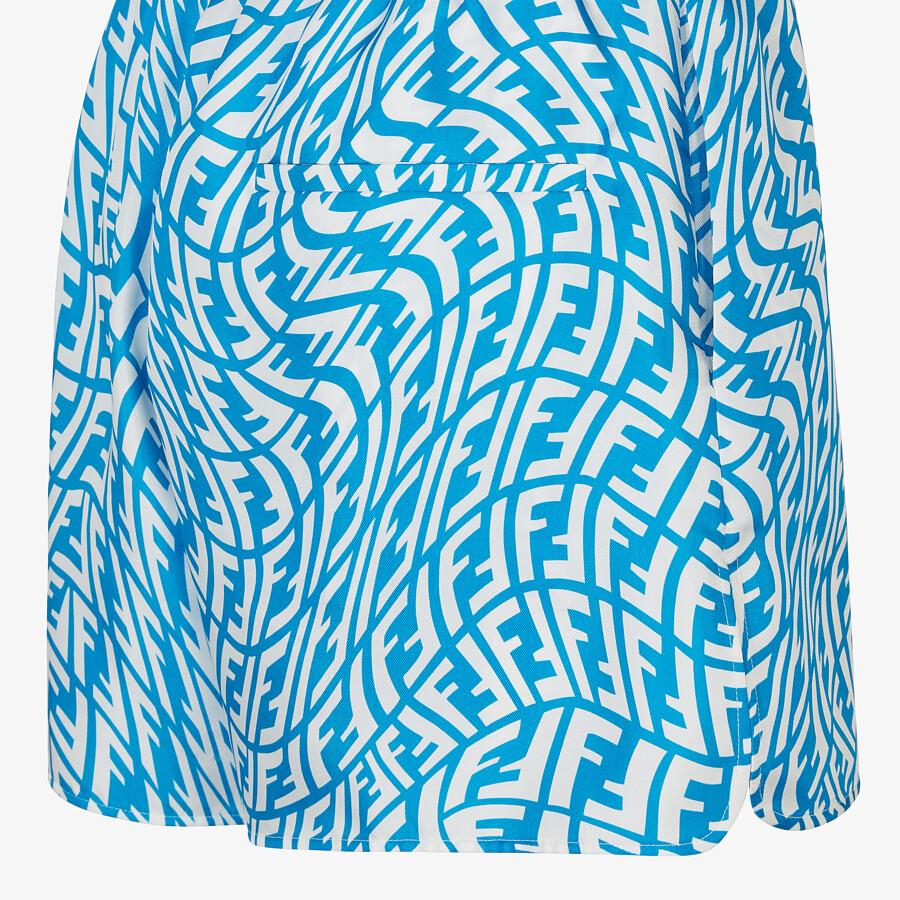 FENDI BERMUDAS - Light blue silk pants. - view 3 detail