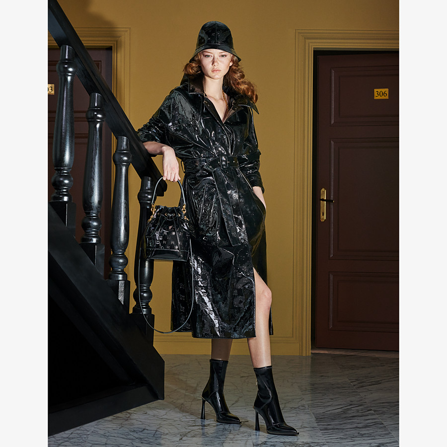 FENDI OVERCOAT - Parka in black patent leather - view 4 detail