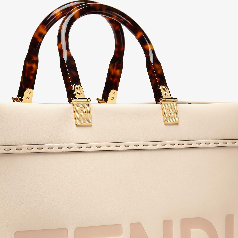 FENDI FENDI SUNSHINE MITTEL - Shopper aus Leder in Rosa - view 5 detail