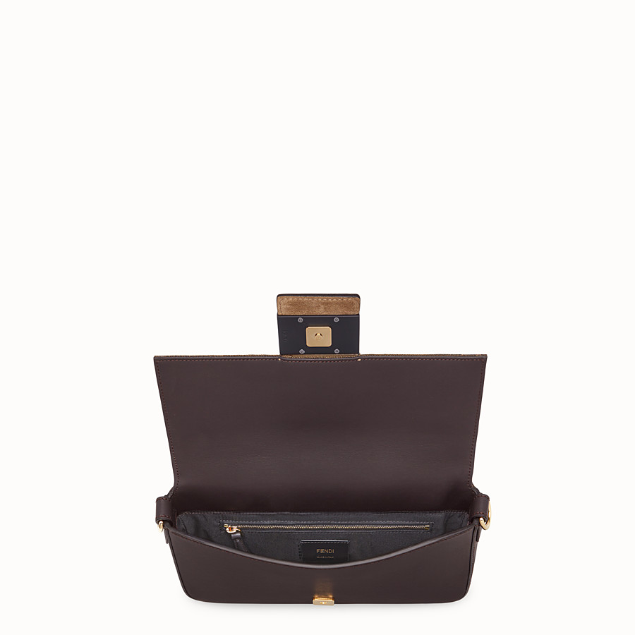 FENDI BAGUETTE - Brown calfskin bag - view 5 detail