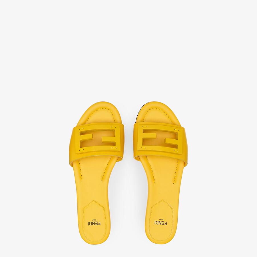 FENDI SIGNATURE - Yellow leather slides - view 4 detail