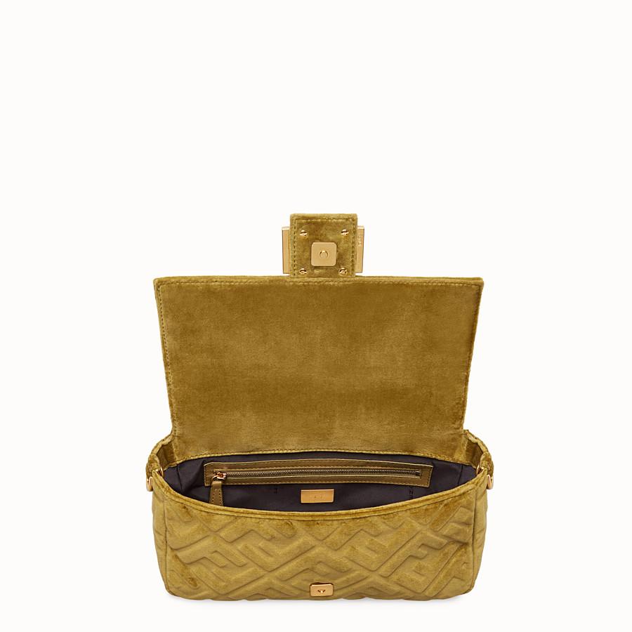 FENDI BAGUETTE - Yellow velvet bag - view 4 detail