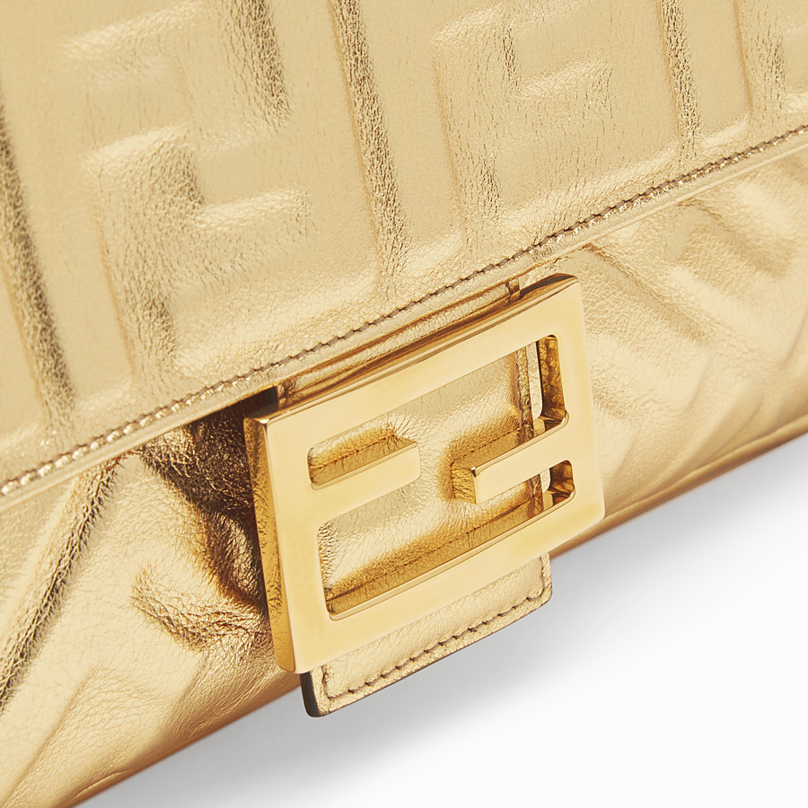FENDI BAGUETTE - Golden leather bag - view 6 detail
