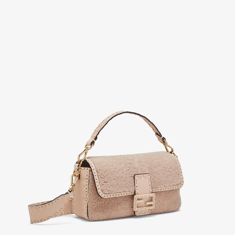 FENDI BAGUETTE - Pink sheepskin bag - view 3 detail