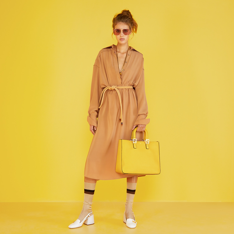 FENDI FF TOTE MEDIUM - Yellow leather bag - view 2 detail