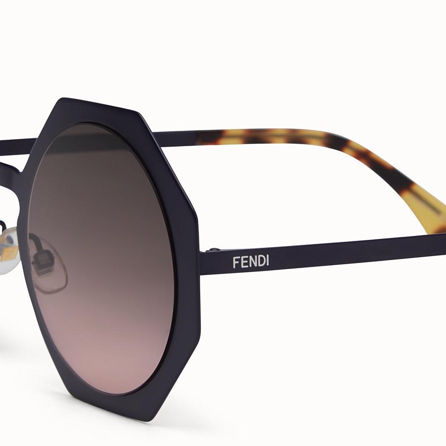 FENDI FENDI FACETS - Lunettes de soleil bleues - view 3 detail