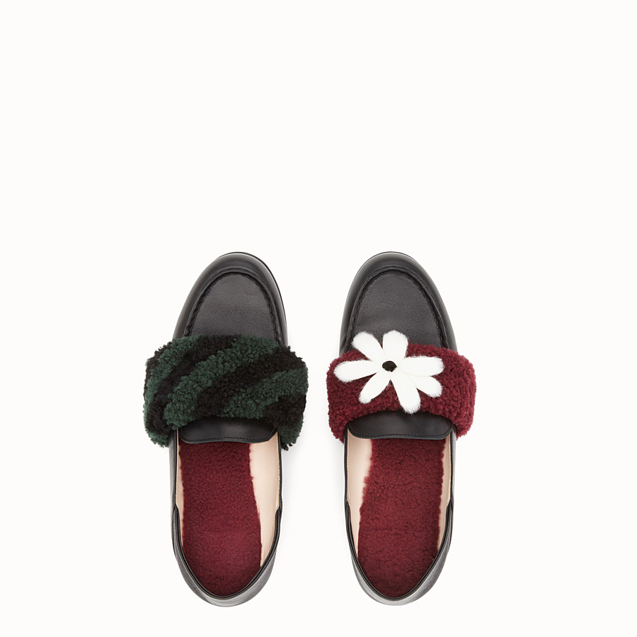 FENDI LOAFERS - Black leather and shearling sabots - view 4 detail