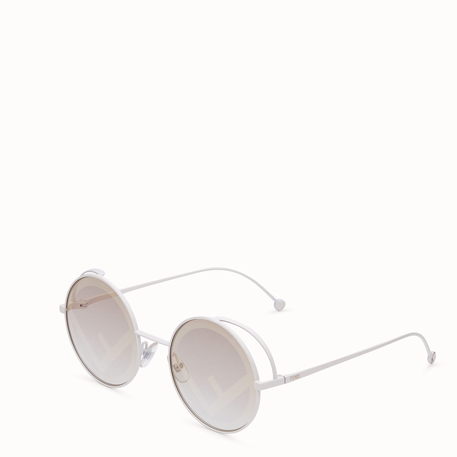 FENDI FENDIRAMA - White sunglasses - view 2 detail