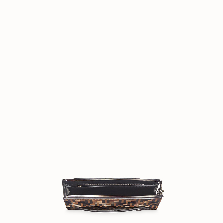 FENDI CLUTCH - Pochette aus Leder in Braun - view 4 detail