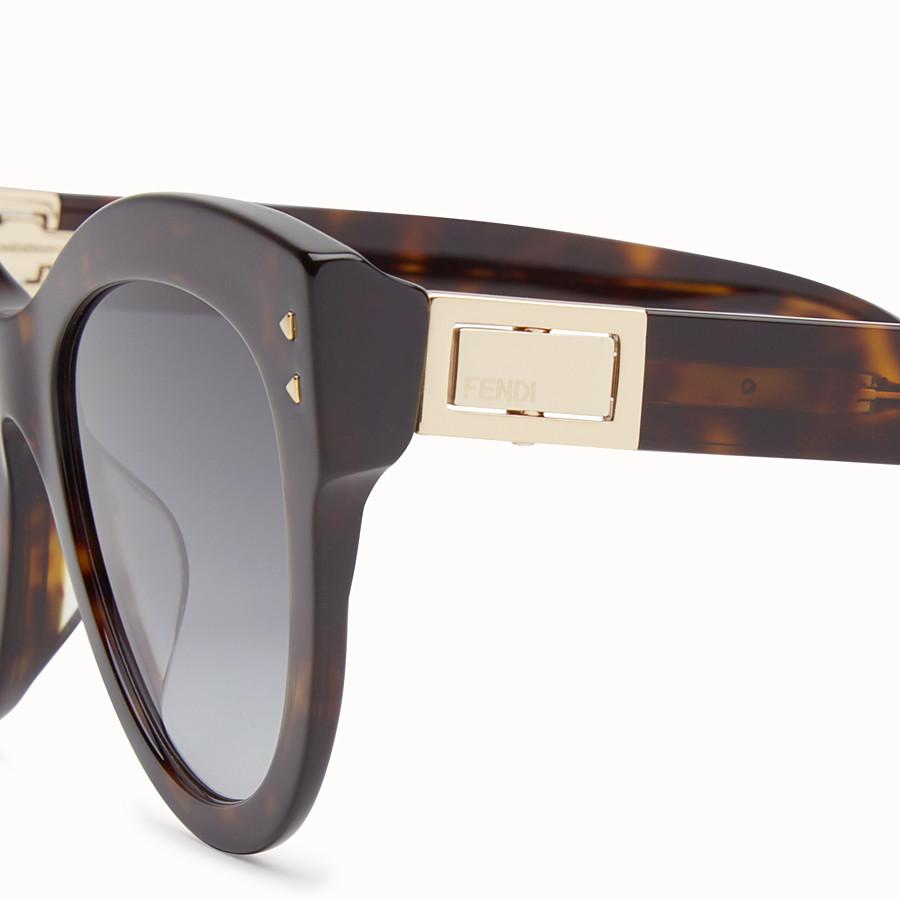 FENDI  - 琥珀棕色太陽眼鏡 - view 3 detail
