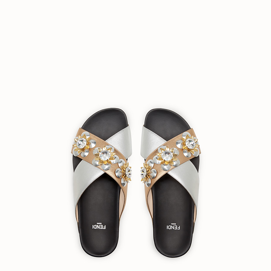FENDI FLAT SANDALS - in champagne and silver laminated leather with flowers - view 4 detail