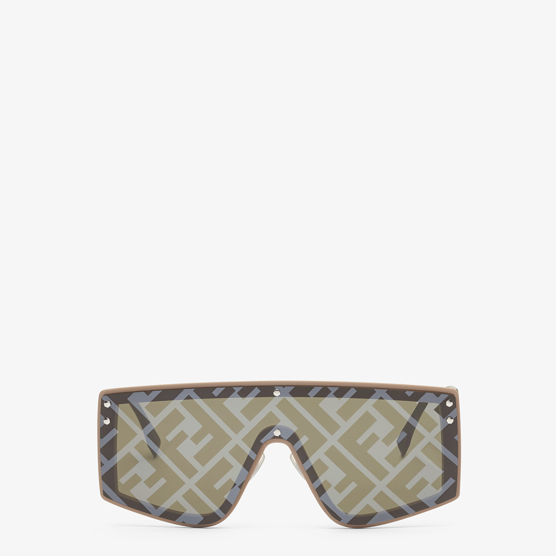 FENDI FENDI FABULOUS - Sonnenbrille in Beige - view 1 detail