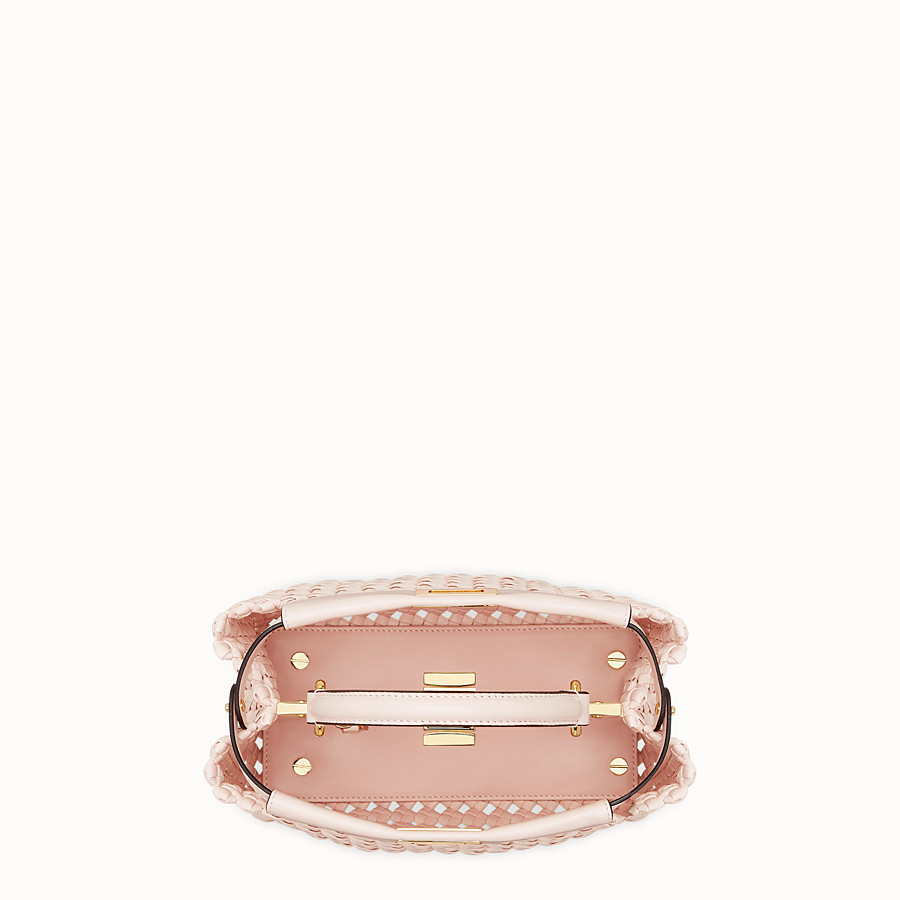 FENDI PEEKABOO ICONIC MINI - Sac en cuir rose tressé - view 5 detail