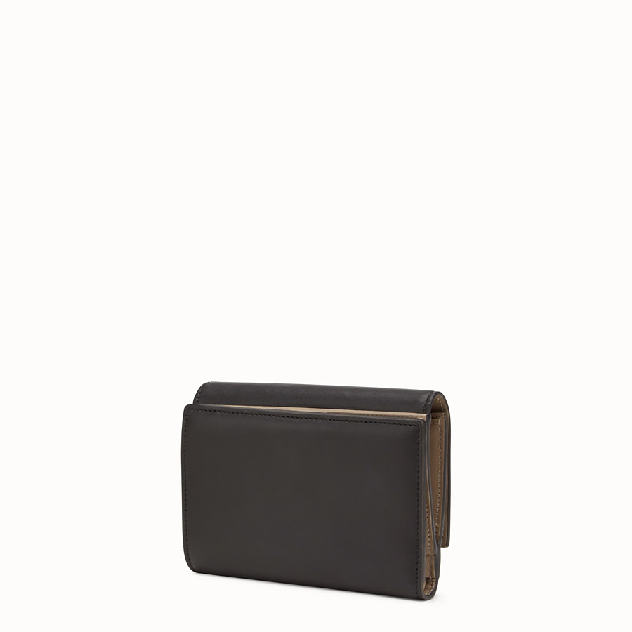 FENDI CONTINENTAL MEDIUM - Medium continental wallet in black leather - view 2 detail