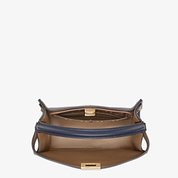 FENDI PEEKABOO X-LITE MEDIUM - Tasche aus Leder in Blau - view 5 thumbnail