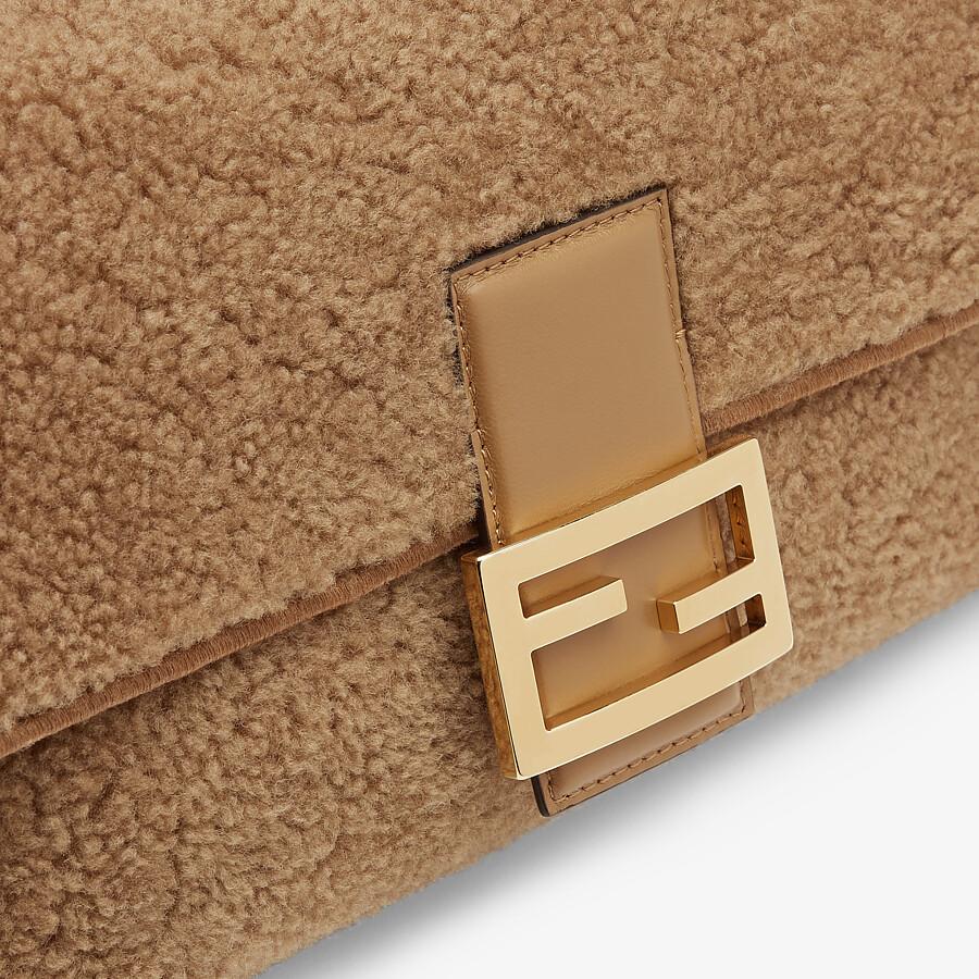 FENDI BAGUETTE MULTI - Beige sheepskin bag - view 5 detail