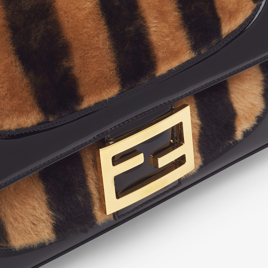FENDI BAGUETTE LARGE - Multicolour, patent leather and sheepskin bag - view 6 detail