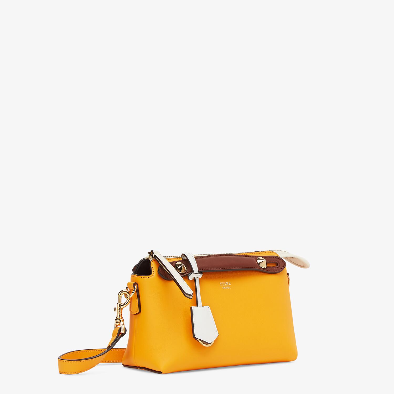 FENDI BY THE WAY MINI - Kleine Boston Bag aus Leder Mehrfarbig - view 2 detail