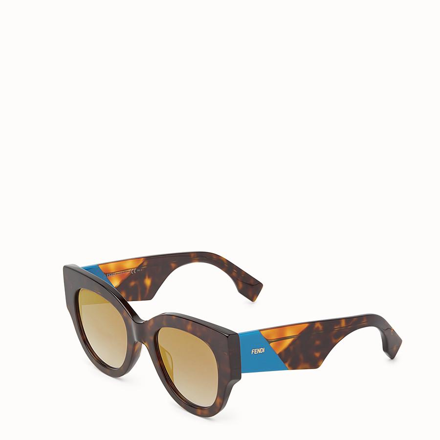 FENDI 펜디 패싯 - 하바나 브라운 컬러의 선글라스 - view 2 detail