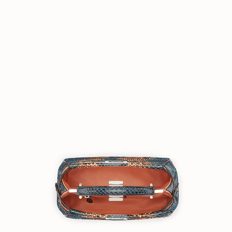 FENDI 미니 피카부 - 투톤 컬러의 파이톤 핸드백 - view 4 detail