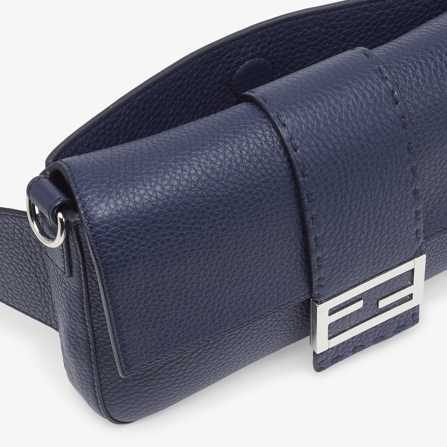 FENDI BAGUETTE - Blue leather bag - view 6 detail