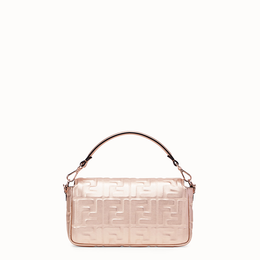 FENDI BAGUETTE - Pink leather bag - view 3 detail