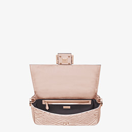FENDI BAGUETTE - Chinese New Year Limited Capsule Tasche - view 4 thumbnail