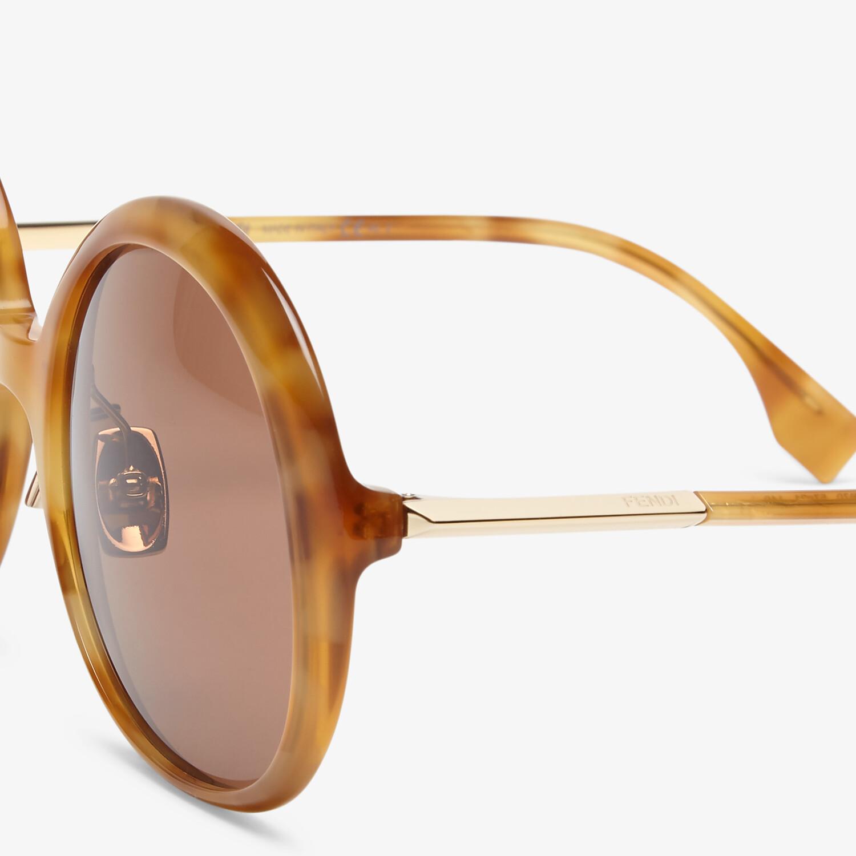 FENDI PROMENEYE - Gafas de sol marrones - view 3 detail