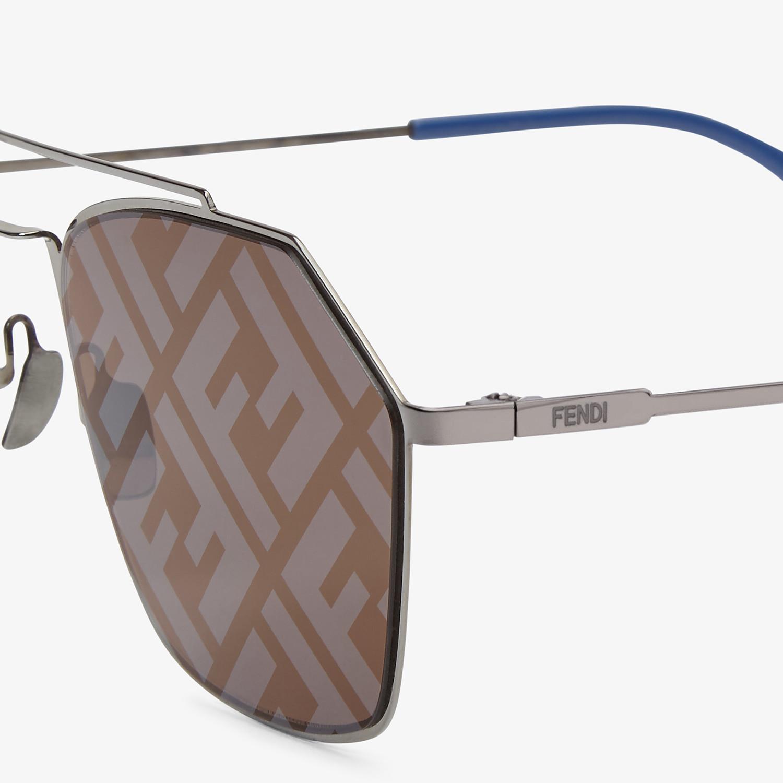 FENDI EYELINE - Gray sunglasses - view 3 detail