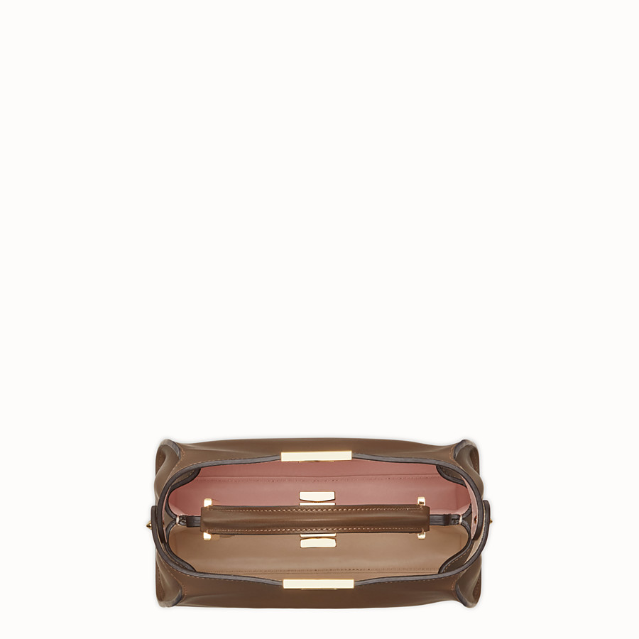 FENDI PEEKABOO ESSENTIALLY - Borsa in pelle marrone - vista 4 dettaglio