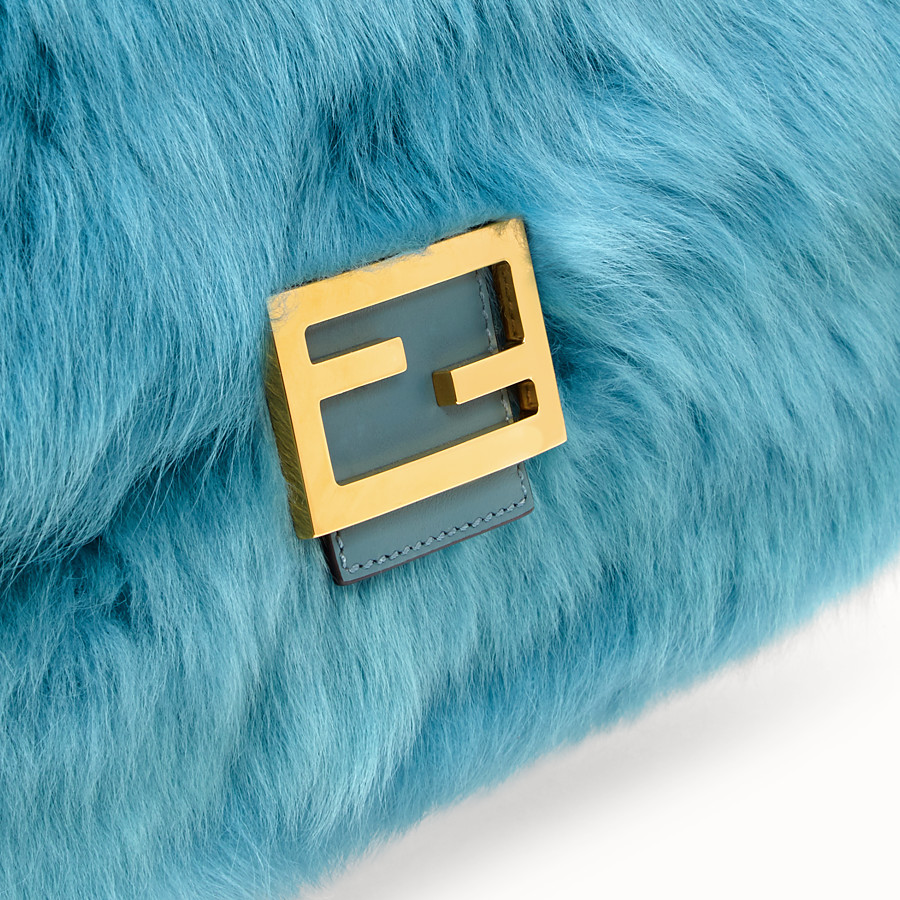 FENDI BAGUETTE LARGE - Light blue sheepskin bag - view 6 detail