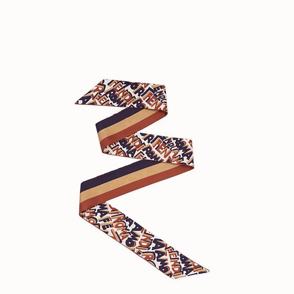 74a9a1febc28 Écharpes et Foulards Mode et Luxe pour Femmes   Fendi