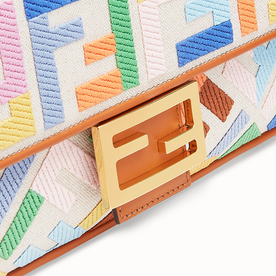 FENDI BAGUETTE - Beige canvas bag - view 6 detail