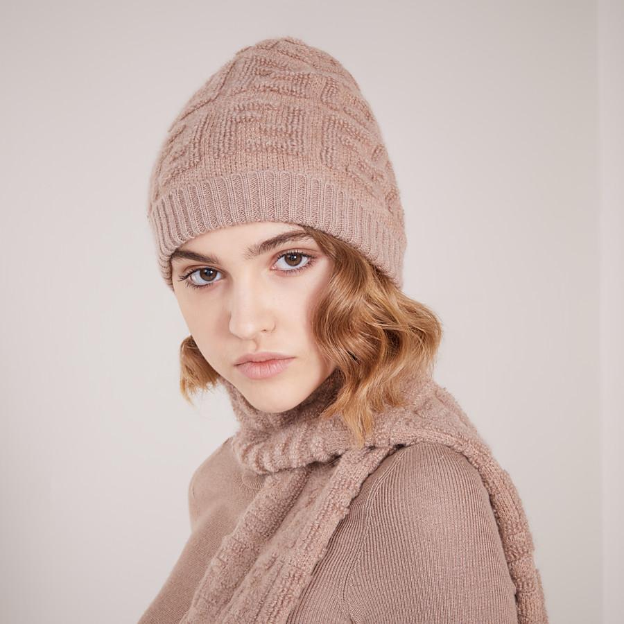 FENDI CAPPELLO - Cappello in maglia beige - vista 2 dettaglio
